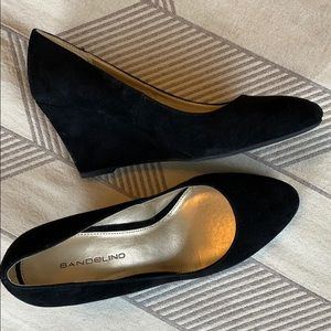 Bandolino Leather Suede Wedges sz6